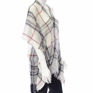 V. FRAAS plaid scarf cape in ivory